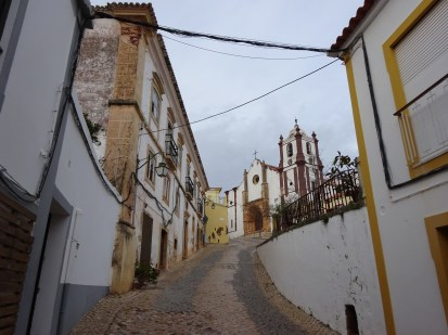 Exploring the old town of Silves