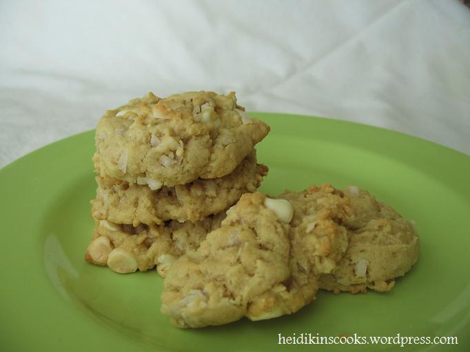 Almond-Coconut Aloha Cookies