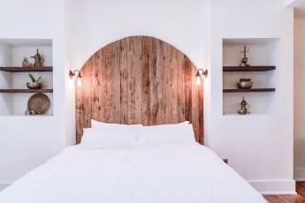 Gorgeous Queen Bed In The Casablanca Suite