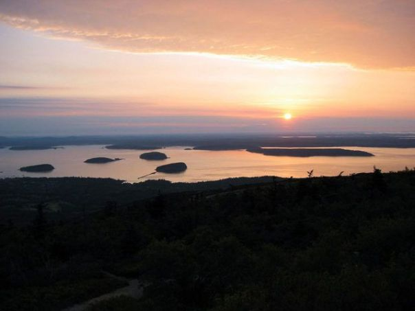 Acadia_Sunrise_Photo_Credit_CNN.com
