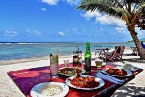 Manglito_Beach_Cafe_Tato
