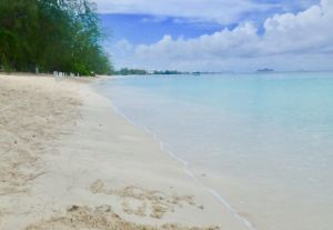 Grand_Cayman_Seven_Mile_Beach_and_Look_Up_Mantra