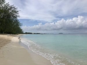 Seven_Mile_Beach_Grand_Cayman