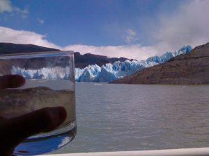 pisco_sour_glacier_ice_greys_glacier_torres_del_Paine_chile