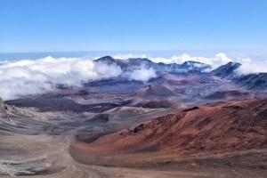 maui-hawaii-haleakala-summit-clouds
