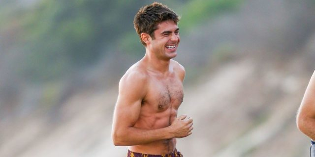 Zac Efron Height Weigh...