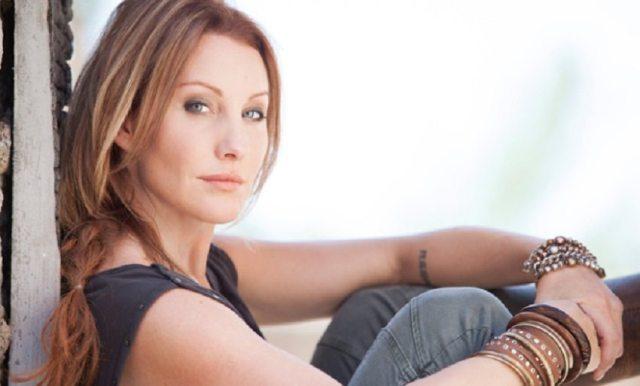 Amy Matthews Bio