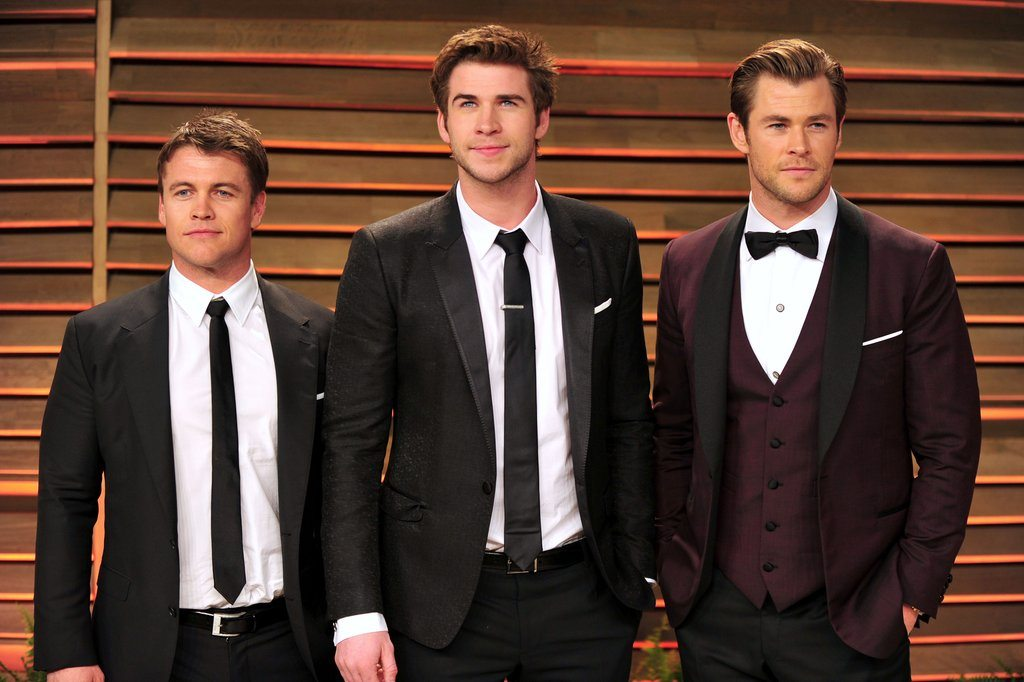 Liam Hemsworth's height 1