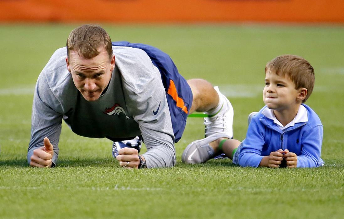 Peyton Manning's height 5