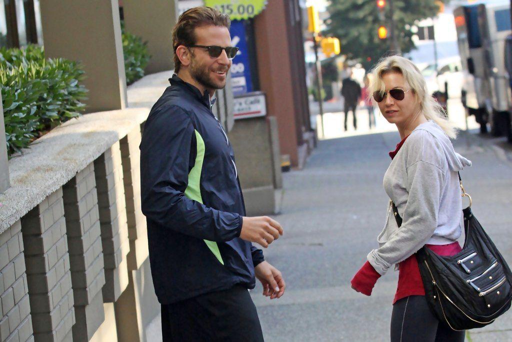 Is Bradley Cooper married 7