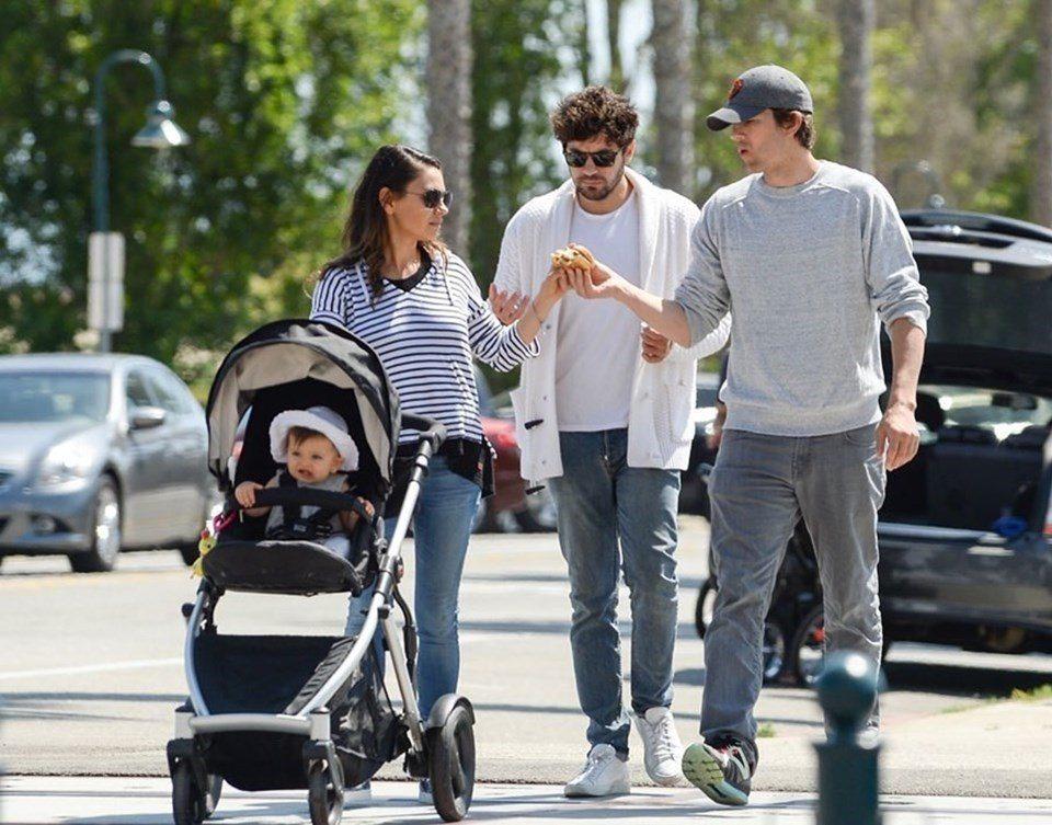 Mila Kunis baby 9