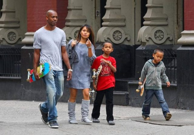 Elaine Chappelle, Dave Chappelle and their two boys