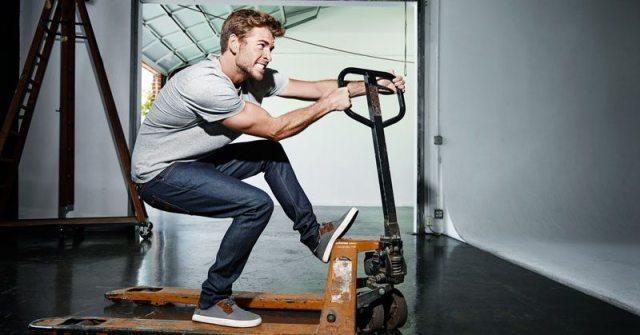 Liam Hemsworth's height 8