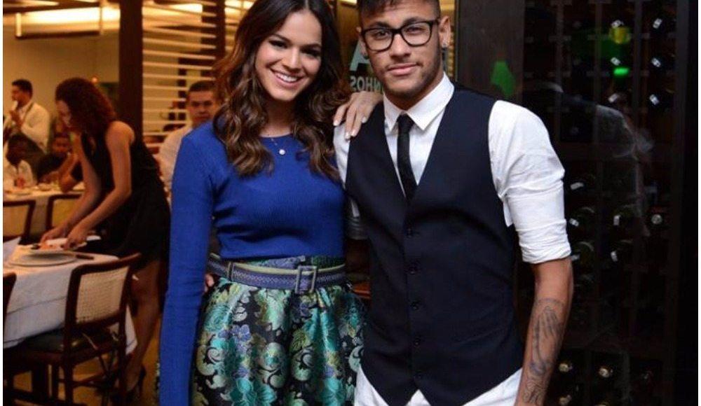 Neymar's girlfriend dp
