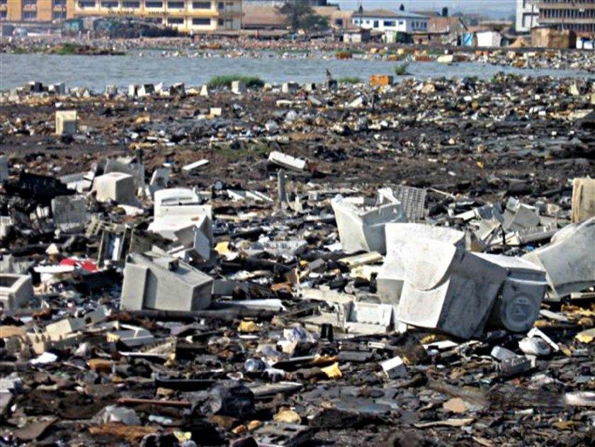 sea of junk