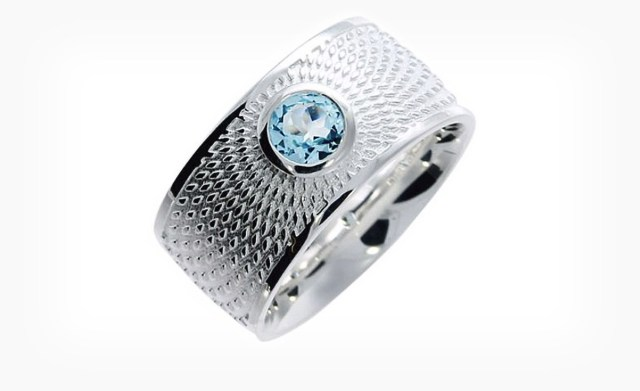 heiko_llindhorst_triangel_schmuck_ILLUSION_ring_stein_1