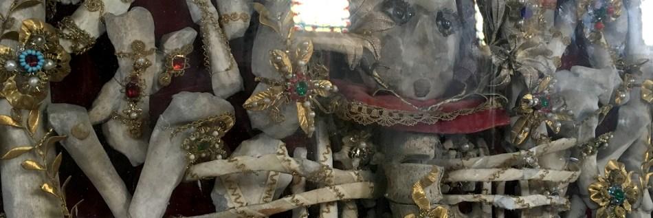 Reliquie der Heiligen Edigna in der Kirche von Puch