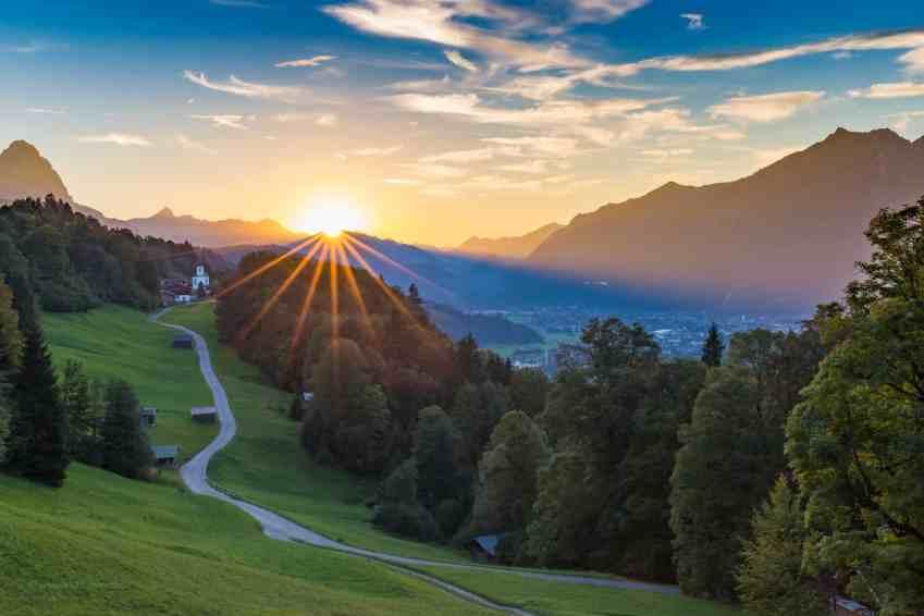 Die letzten Sonnenstrahlen über Wamberg