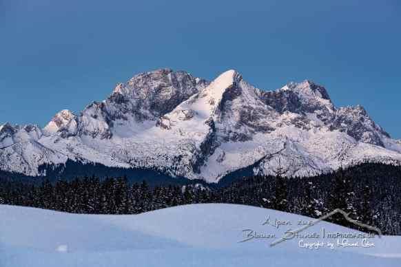 Alpen zur Blauen Stunde