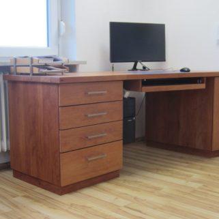 Schreibtisch masiv Birnbaum