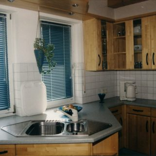 Naturholz-Küche