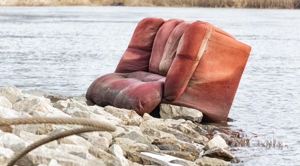 Sofa in der Oder.