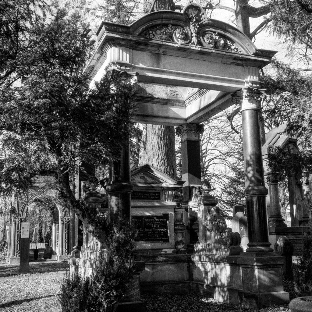 Auf dem Jüdischen Friedhof Görlitz.