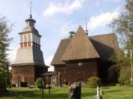 Petäjävesi_Old_Church_from_south