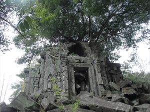 「天空の城」を連想させるベン・メリア遺跡