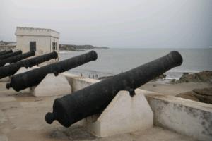 ケープコースト城の大砲