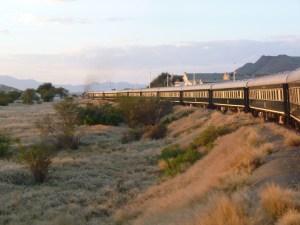 ロボス列車の旅