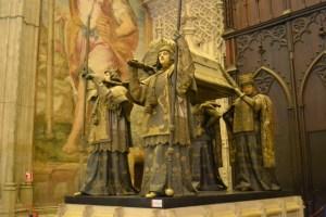 大聖堂内にあるコロンブスの墓