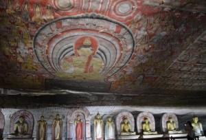 ダンブッラ石窟寺院の壁画
