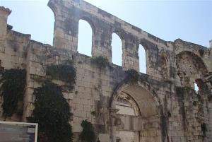 スプリトに残るローマ時代の遺跡