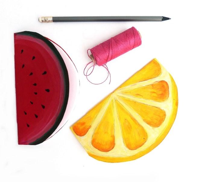 Ein Notizheft in Form einer Melone oder Zitrone basteln