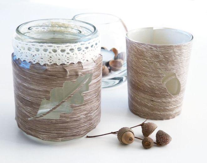 Teelichthalter in Holzoptik mit Eicheln