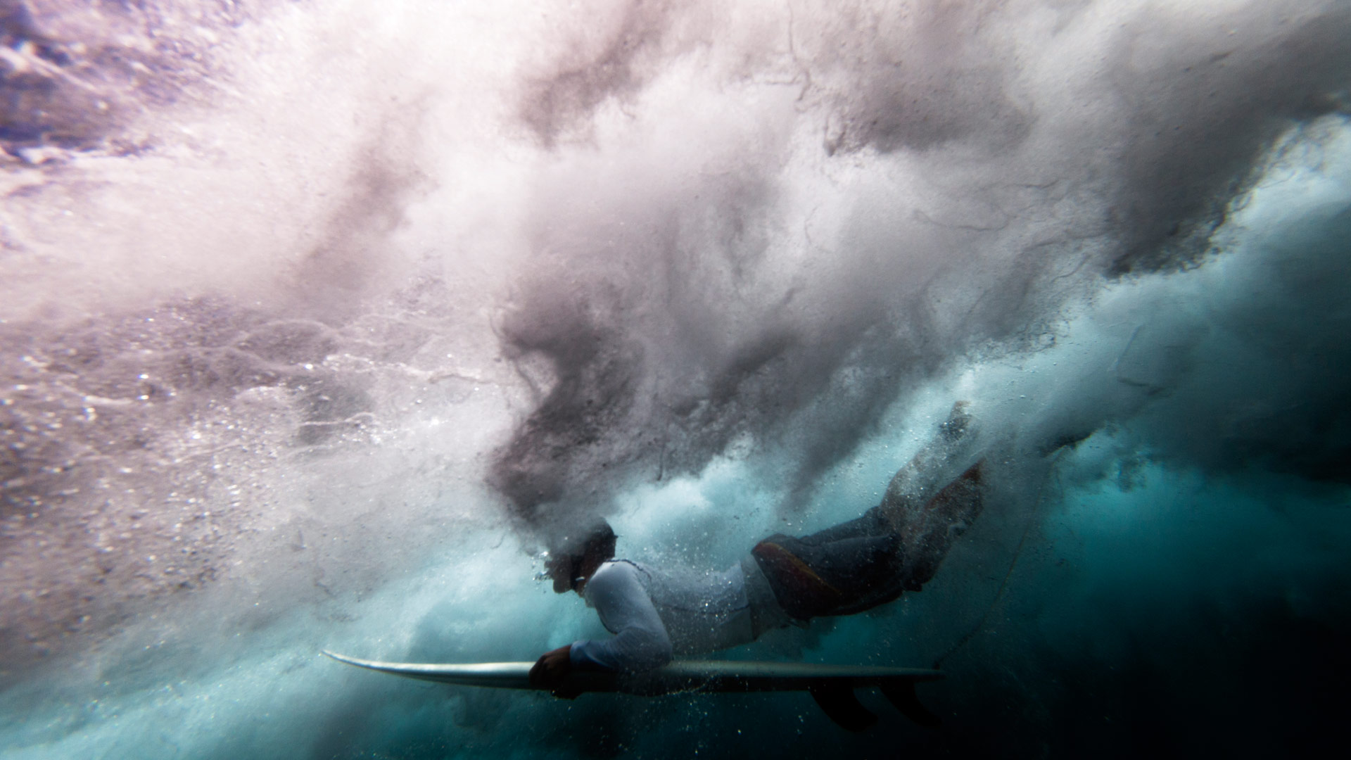 surfing under water