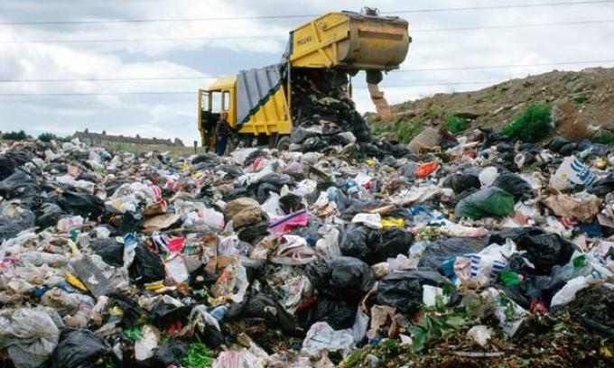 landfill rubbish dump uk