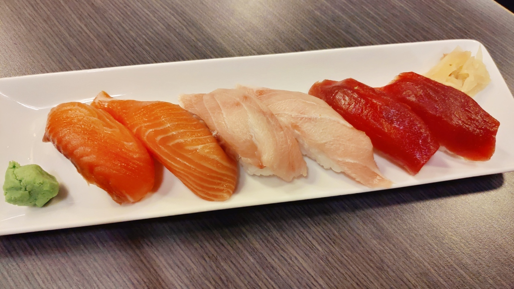 【花蓮市區-叁丸日式料理】原來厲害的是丼飯