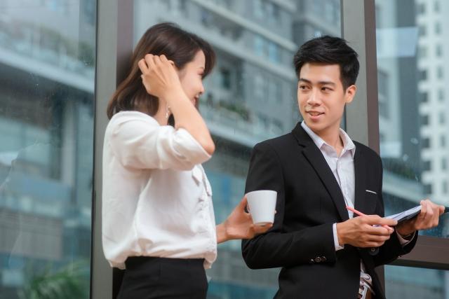 如何一開口撩人又聊心?「讓別人更認識你」是聊天的第一步