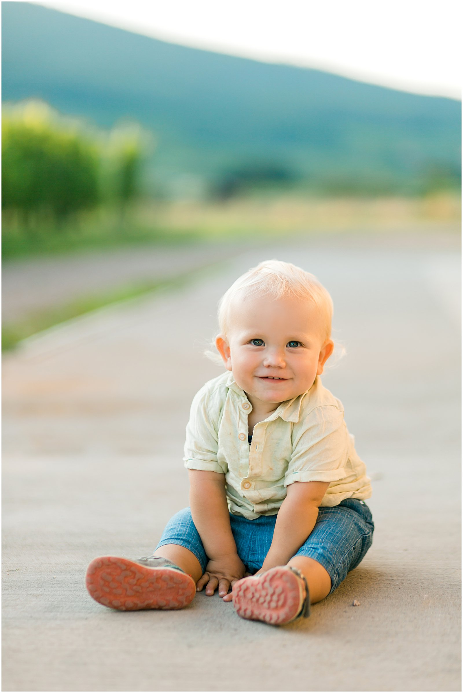 baby portraits in the vineyards of France by Helena Woods