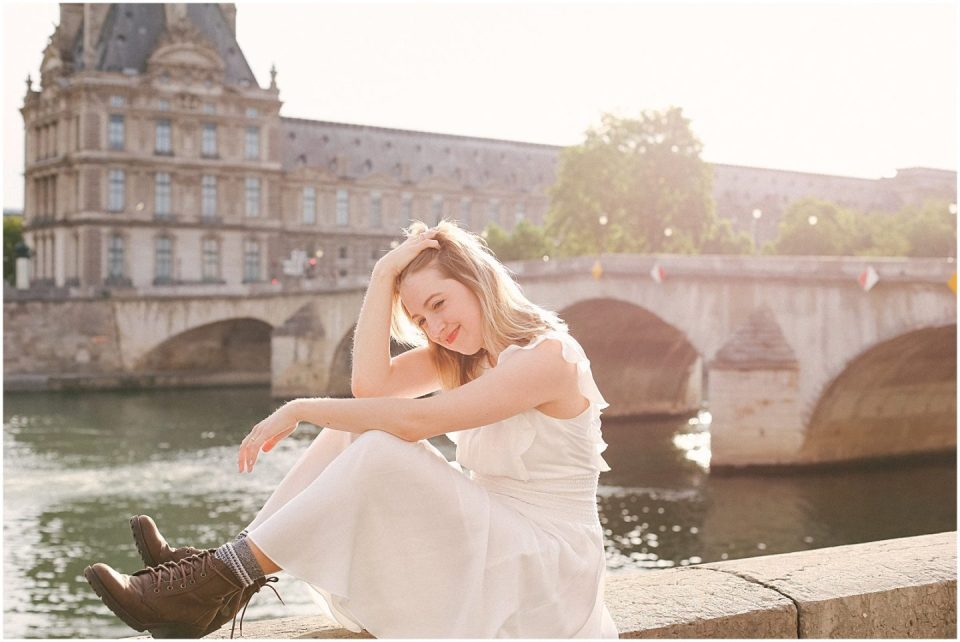 Paris-photographer-photoshoot-sunrise-pont-neuf