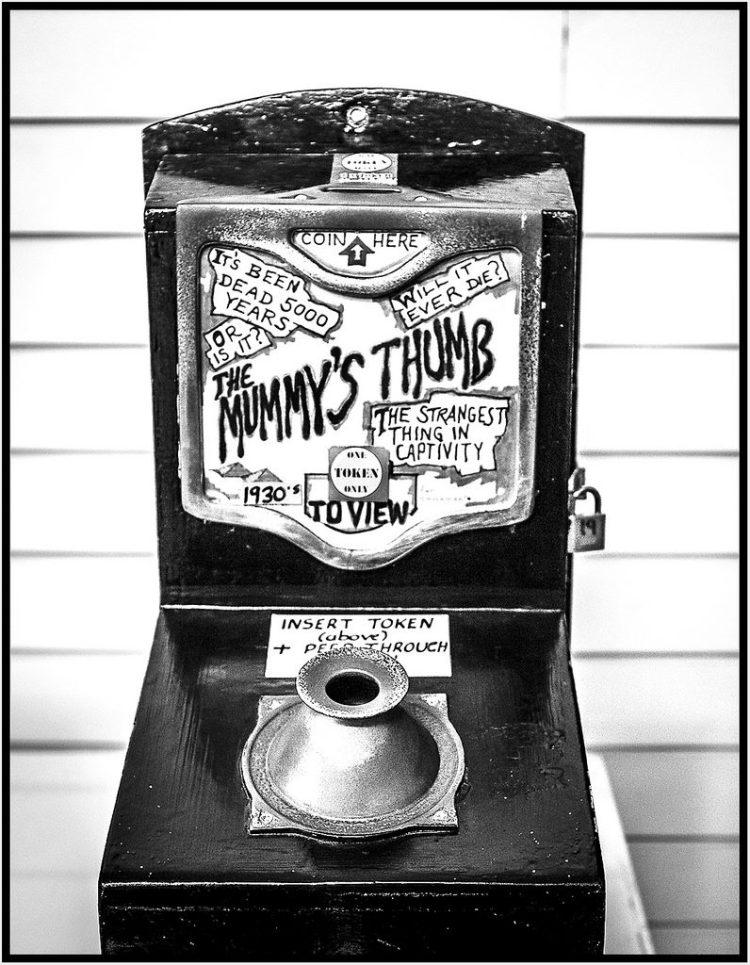 The Mummy's Thumb Southport pier amusement arcade vintage