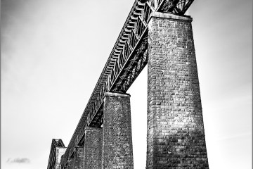 The Forth rail Bridge cantilever Scotland