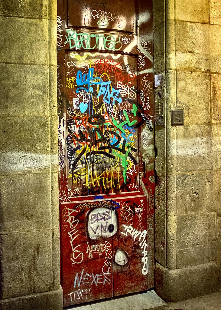 Brown to Red Door Gothic Quarter Barcelona