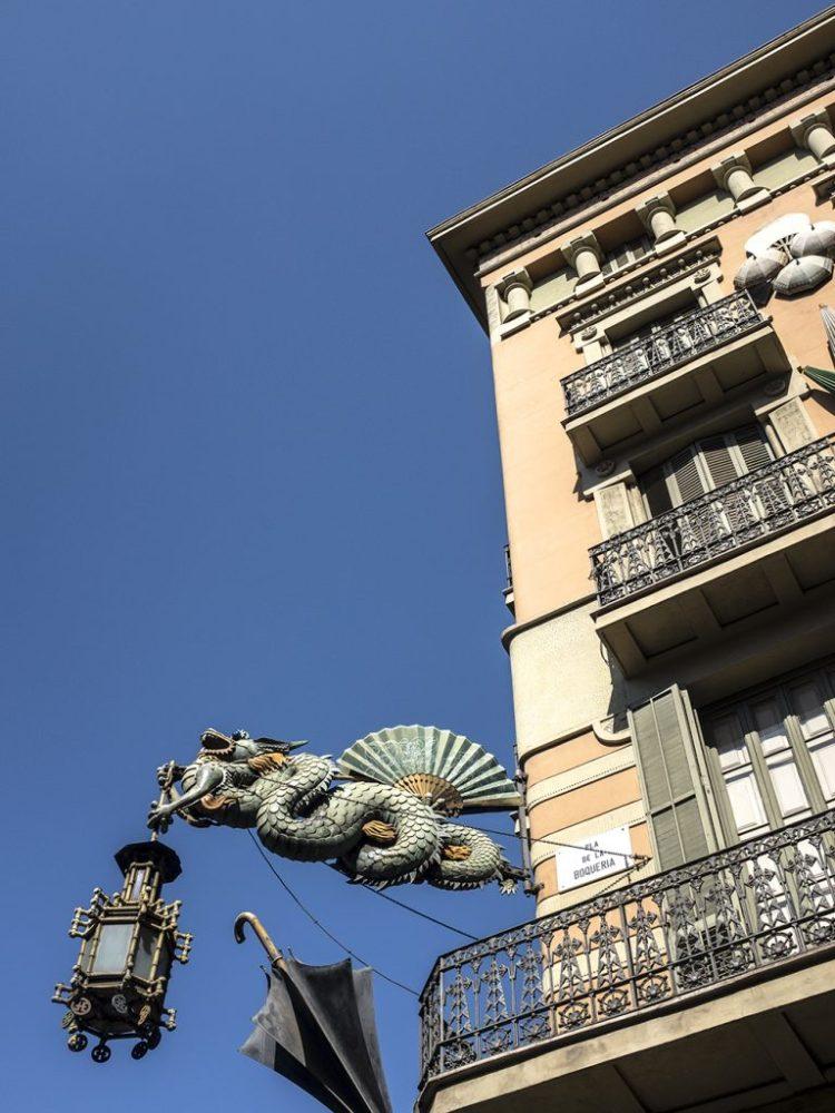The Old Umbrella Shop Barcelona Casa Bruno Cuadros