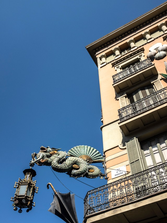 The Old Umbrella Shop Barcelona Casa Bruno Cuadros