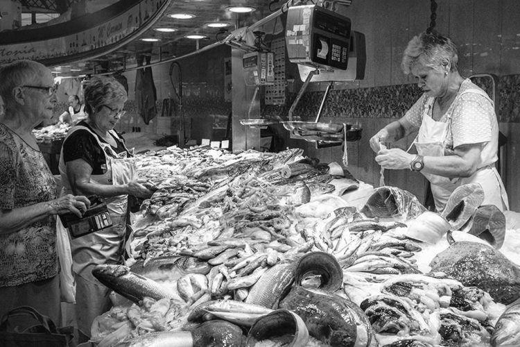 Fish Filleting LaBoqueria Barcelona fish market low key