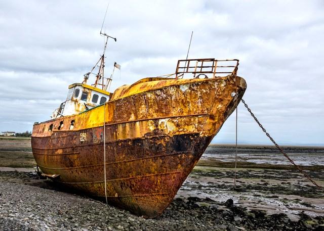 Abandon Ship!ship wreck, Ulverstone, Foulness Island, rust, beach, coastal, Roa Island