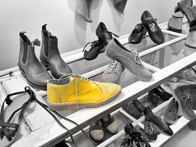 Lisbon handmade shoes shop monochrome Black&white colorpop